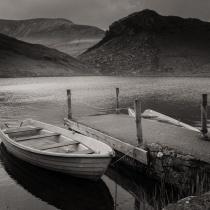 The tiny lake of Llyn y Dywarchen between Craig y Bera and Snowdon